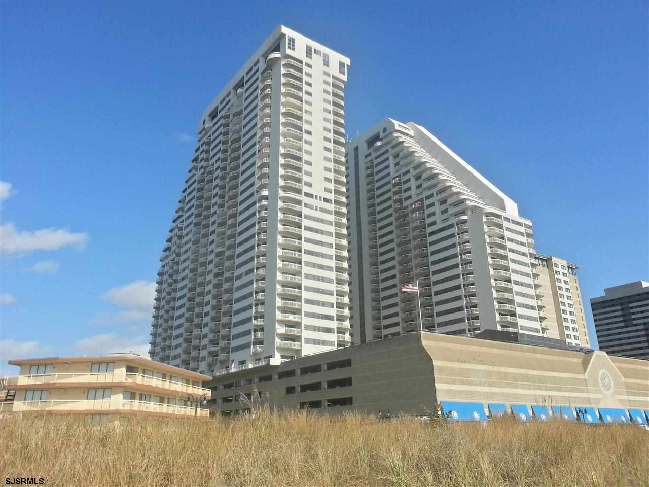 3101 Boardwalk 815-